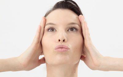 Chyby při cvičení Face Yogy a jak se jich vyvarovat